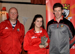 most-improved-u16-ladies-footballer-eimear-mccallion-with-michael-heneghan-and-david-clarke-at-the-coolera-strandhill-awards