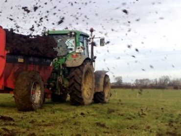 Calls for extension to slurry-spreading deadline