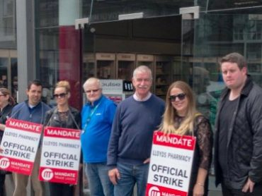 Lloyds pharmacy workers to strike again tomorrow in Sligo