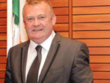 Tributes to late Donegal councillor Dessie Larkin