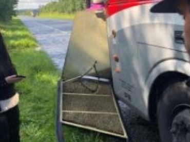 Door falling off Sligo-Galway bus leads to calls for safety review