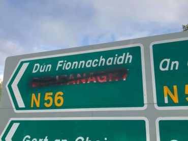Sparks fly as councillor attacked for condoning vandalism of Gaeltacht signs