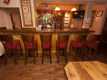Local publicans warn of pub closures after re-opening delay