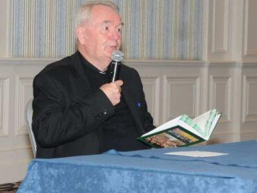 President's Award for Fr Seán Ó'Gallchoir